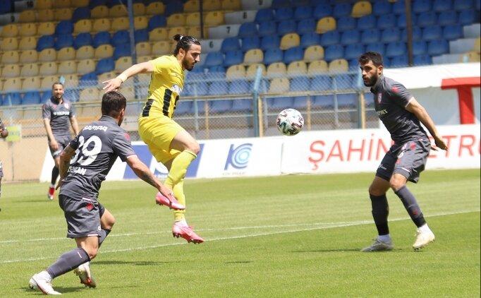 Samsunspor, İzmir'de puanı 90+4'te kurtardı!