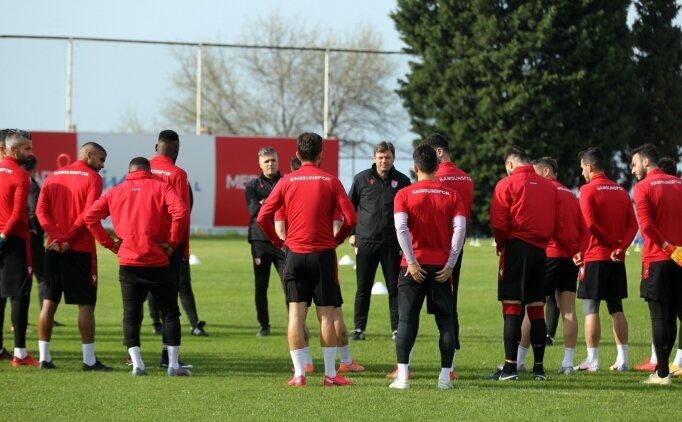 Samsunspor'da 2 futbolcunun Kovid-19 testi pozitif