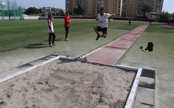 Görme engelli uzun atlamacı Abdürrahim Kılıç milli forma için ter döküyor