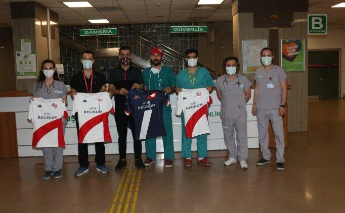 Antalyaspor'dan polis ve sağlık çalışanlarına jest!