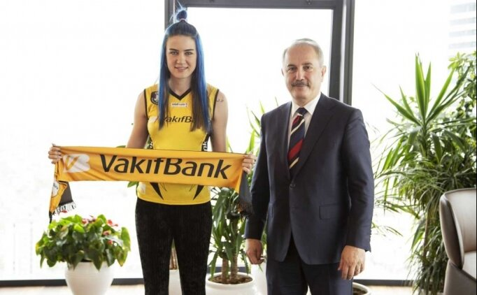VakıfBank, Meryem Boz'u kadrosuna kattı