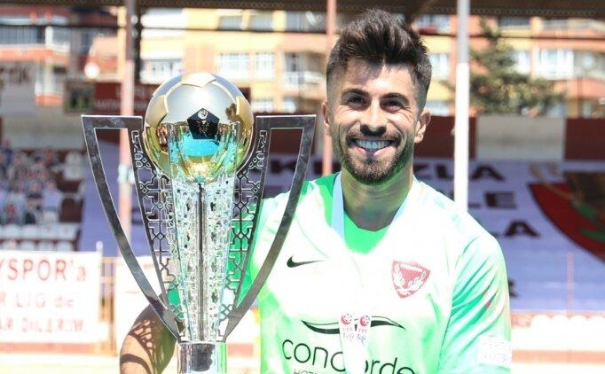 Hatayspor'da Akın Alkan ile Mesut Çaytemel takımdan ayrıldı