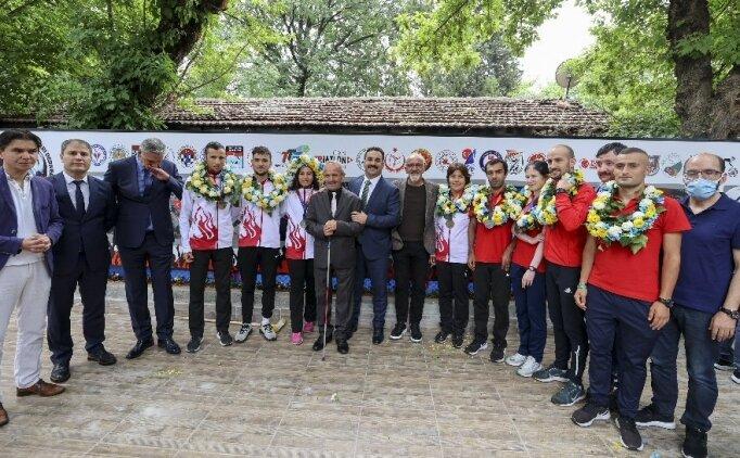 Avrupa'da rekor kıran sporcuların hedefi Tokyo'da da madalya