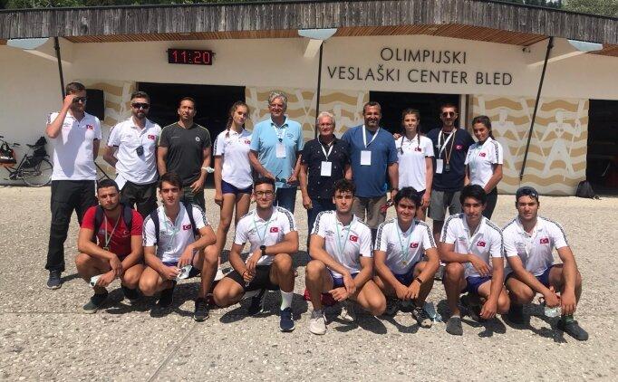 Milli kürekçiler Slovenya'da 11 madalya kazandı