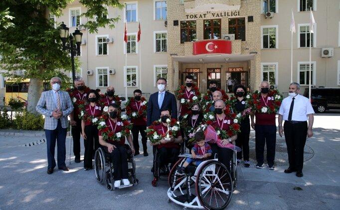 Valiliğin girişimiyle alınan tekerlekli sandalyelerle 2. Lig'e yükseldiler