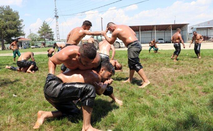Edirneli pehlivanlar Kırkpınar'a hazırlanıyor