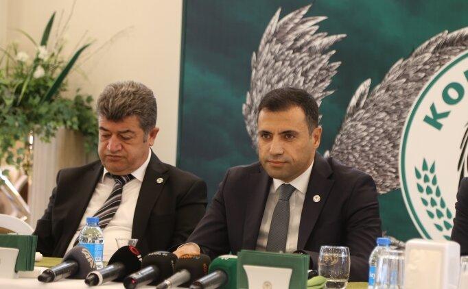 Konyaspor'da yönetim İlhan Palut'un arkasında