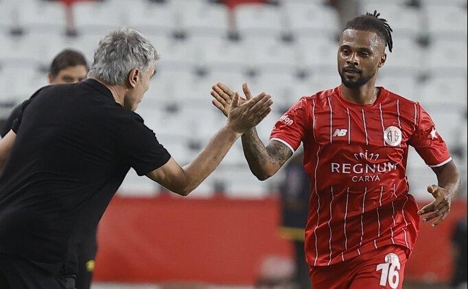 Antalyasporlu Fredy, gol perdesini ilk maçta açtı