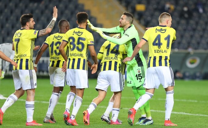 Fenerbahçe - BB Erzurumspor: İlk 11'ler