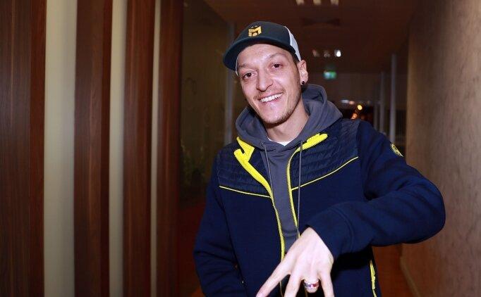 Mesut Özil'in karantinası başladı!