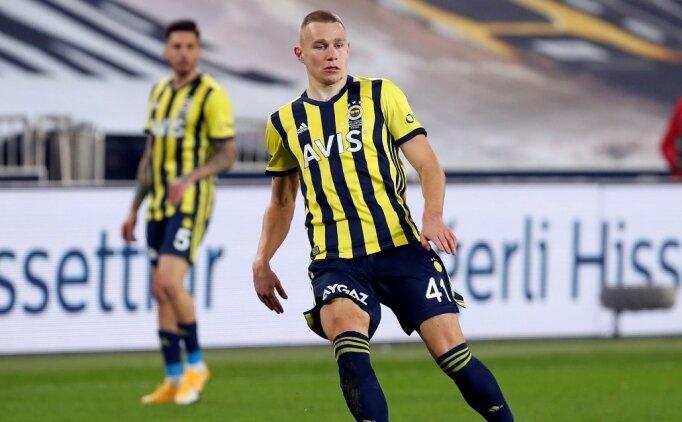 Fenerbahçe'de vazgeçilmez adam: Szalai!