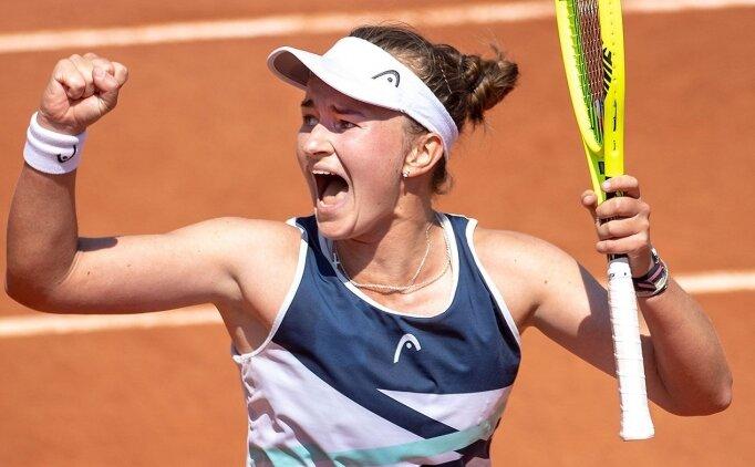 Çek tenisçi Krejcikova, Fransa Açık'ta yarı finalde