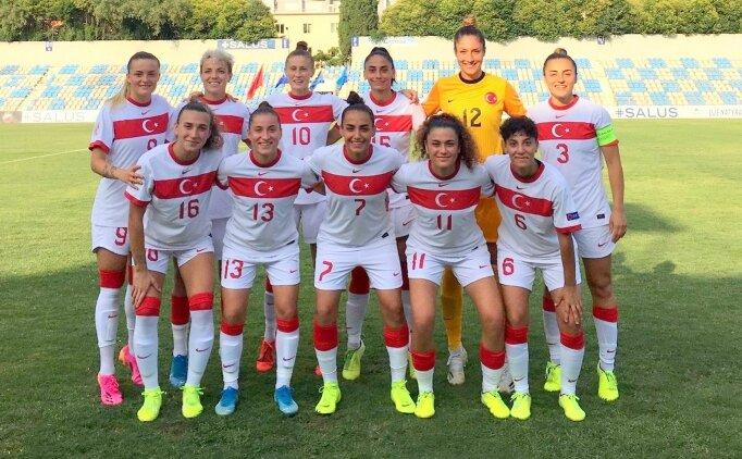 Kadın Milliler Arnavutluk'u 4-1 yendi