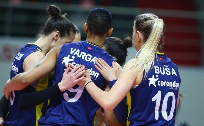 Fenerbahçe Opet, Beylikdüzü'nü 3-0'la geçti