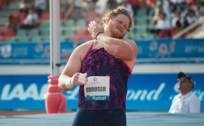 Gülle atmada rekorla olimpiyat şampiyonu