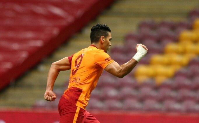 Galatasaray'da Falcao bereketi! 3 talip birden...