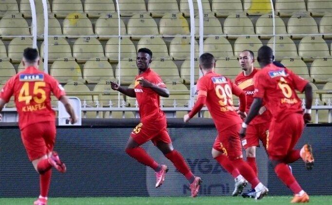 Galatasaray, hem Seri hem Youssouf için cephede!
