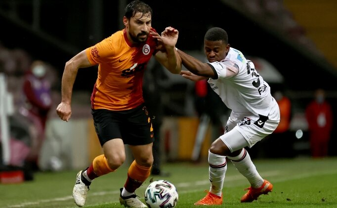 Galatasaray'da Beşiktaş'a karşı Şener sürprizi!