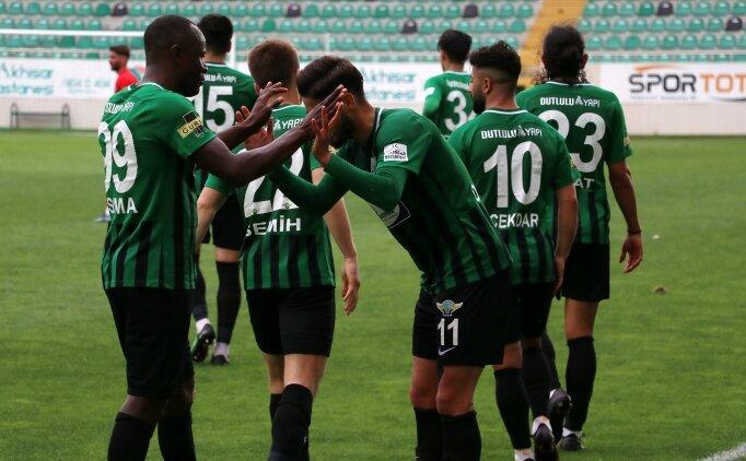 Akhisarspor'dan Adana Demirspor maçındaki hakem yönetimine tepki