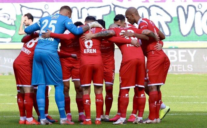 Antalyaspor ilk yarıyı beş maçlık yenilmezlik serisiyle tamamladı