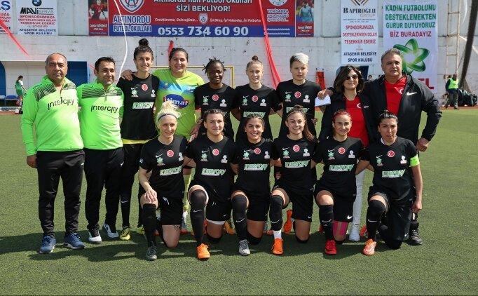 Ataşehir Belediyespor Kulübü, kadın futboluna destek bekliyor
