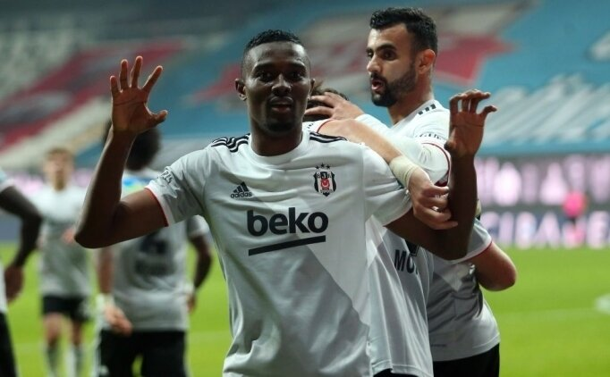 Beşiktaş'tan Mensah için 3'lü teklif!