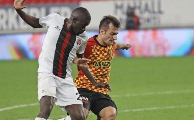 Göztepe'de Burak Süleyman, eski takımı Kocaelispor'a gitti