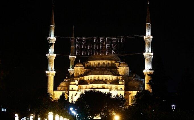 13 Nisan 2021 İstanbul'da iftar saat kaçta?