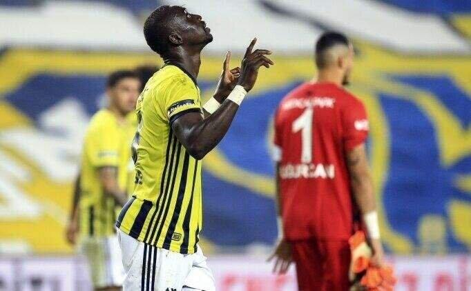 Fenerbahçe'de ayrılıklar başladı