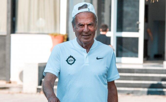 Mustafa Denizli yeni sezonun ilk idmanına çıktı