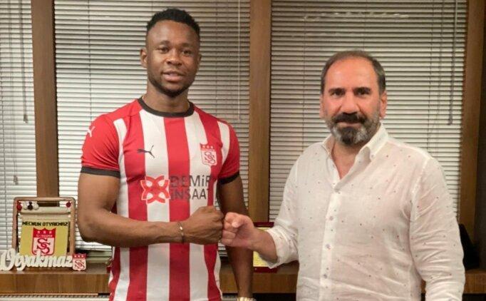 Sivasspor Nijeryalı golcü Leke Samson James'i transfer etti