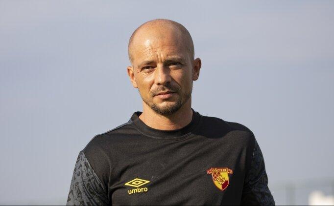 Nestor El Maestro: 'Göztepe ile Süper Lig'de iyi işler yapacağız'