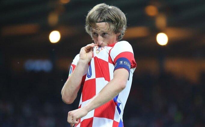 Hırvatistan 3 attı ve gruptan çıktı