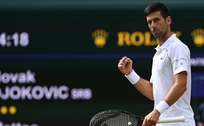 Djokovic, Federer ve Nadal'ı yakaladı