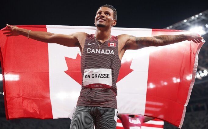 Erkekler 200 metrede altın madalya De Grasse'nin!