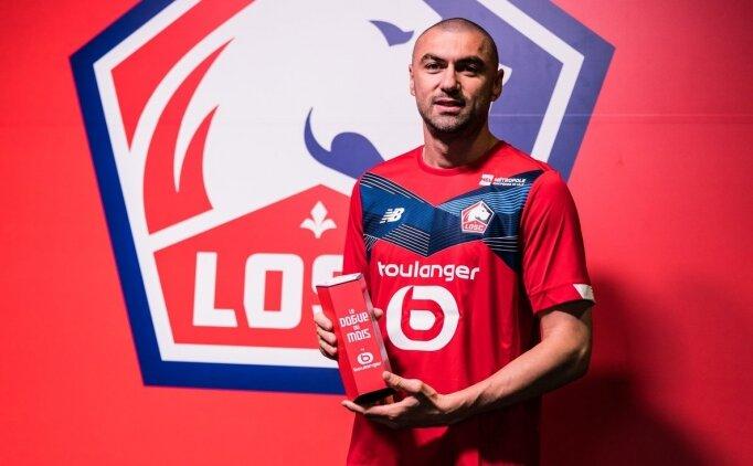 Burak Yılmaz Lille'de ayın futbolcusu ödülünü aldı