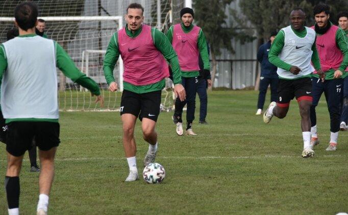 Akhisarspor'da 4 transfer açıklandı