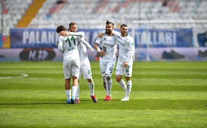 Yılmaz Vural ilk maçına çıktı, Konyaspor kazandı