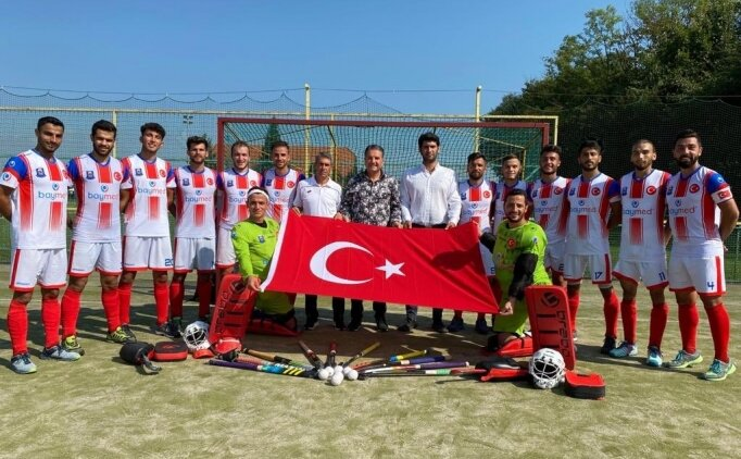 Gaziantep Polisgücü Erkek ve Kadın Hokey Takımları Avrupa şampiyonu oldu