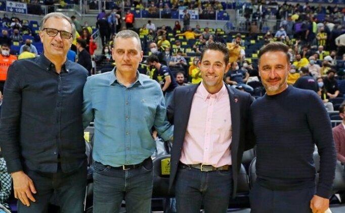 Fenerbahçe'nin hocaları tribünde buluştu