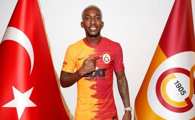 Galatasaray, iki transferin lisansını çıkardı