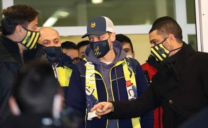 Fenerbahçe Mesut Özil'e bonservis ödedi mi? Mesut Özil ne kadar para alacak