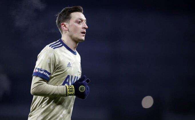 Mesut Özil, Fenerbahçe'nin elini güçlendiriyor