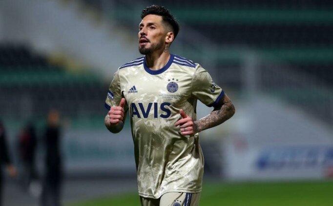 Jose Sosa: 'Ayrılma niyetim yok!'