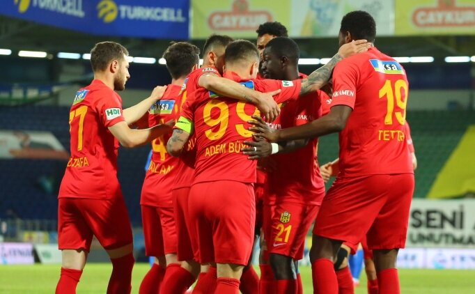 Yeni Malatyaspor'dan ayrılık ve '10-15 transfer' açıklaması