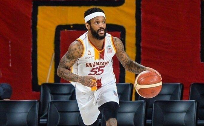 Galatasaray ligde kalmayı garantiledi