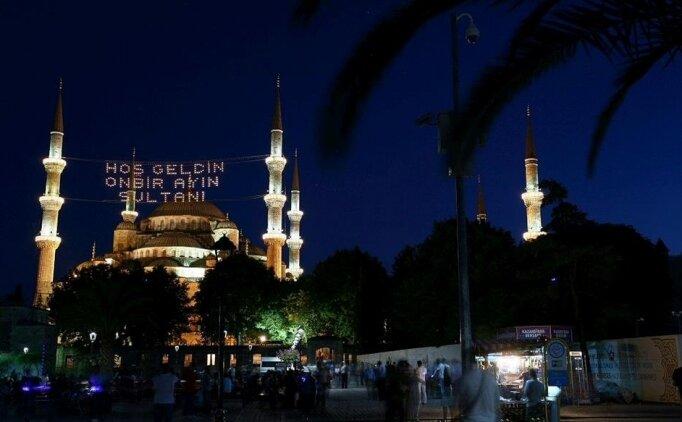 İstanbul için sahur vakti, İstanbul ezan vakti (03 Mayıs Pazartesi)