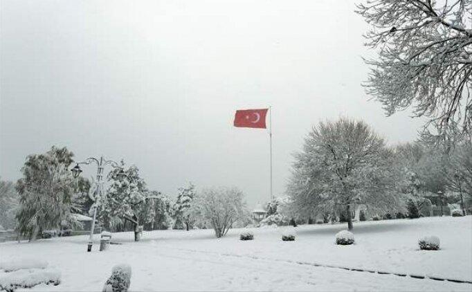 İstanbul'da kar yağışı devam edecek mi? Bugün hava nasıl olacak?