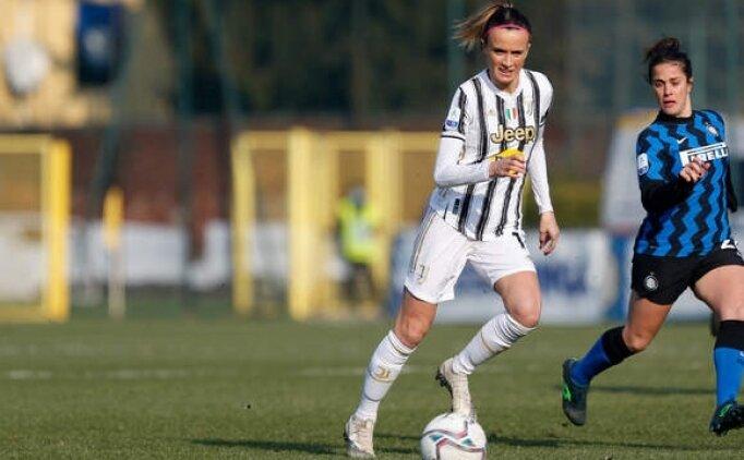 Mino Raiola ilk kez kadın futbolcu temsil edecek