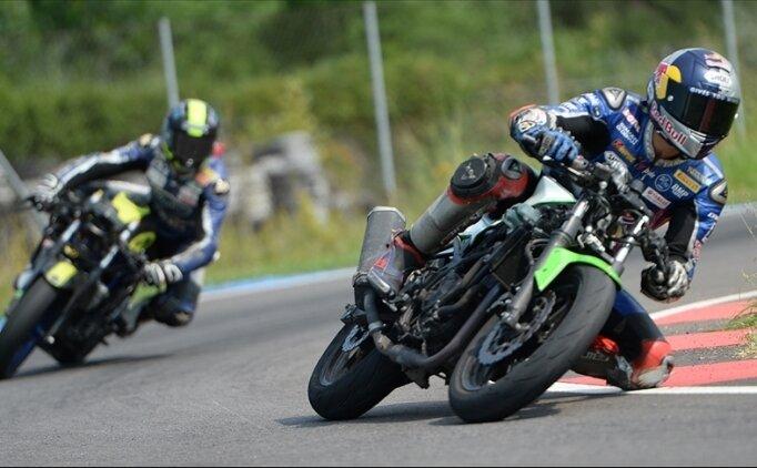 Milli motosikletçiler Fransa ve İtalya'da mücadele edecek
